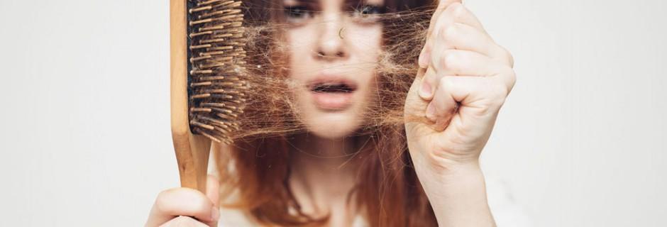 caduta dei capelli… il momento giusto per intervenire e curare!
